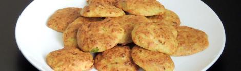 bolinhos assados de abobrinha e queijo